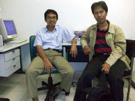 Aku silaturahim ke lab Dr. Nasih di Faperta UGM
