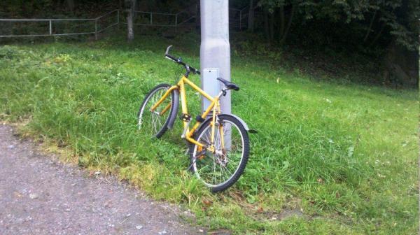 sepeda kuning goteborg