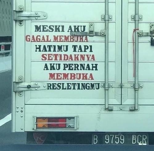Status lucu bak truk