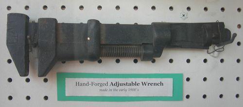Desain kunci inggris yang asli (Sumber: Wikipedia)