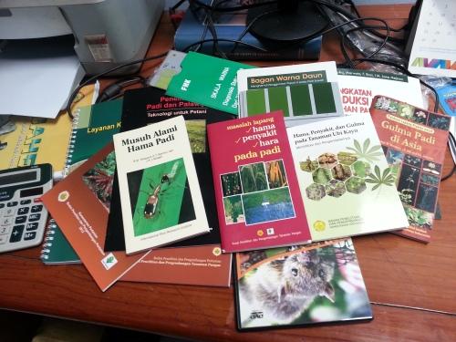 Buku-buku dan CD gratis dari Puslitbangtan.
