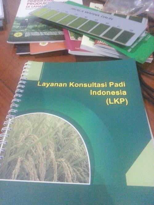 Buku Layanan Kulsultasi padi Indonesia. Buku grati s dari Puslitbangtan.