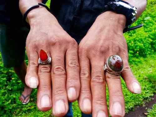 batu obi runcing bacan kembang