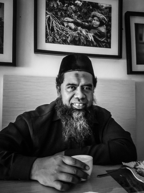Pak Yusianto, ahli citarasa kopi Indonesia.