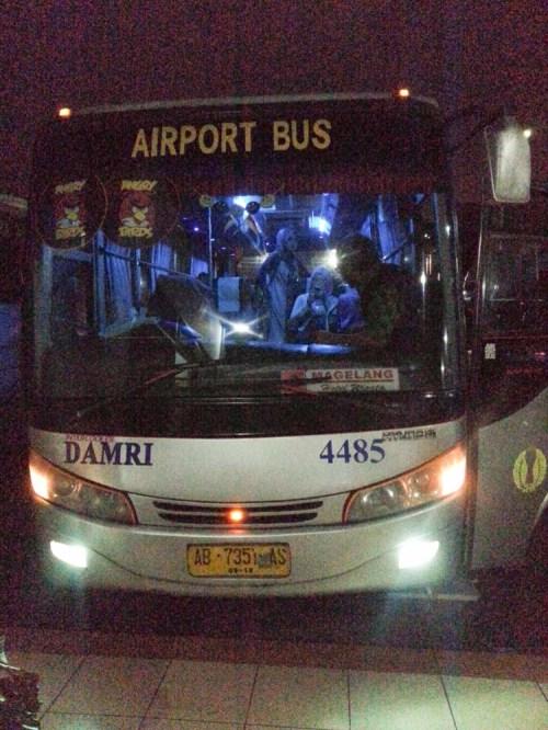 Bis Damri Bandara Adi Sucipto Yogyakarta.