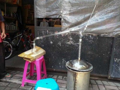 Distilator etanol atsiri