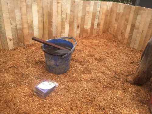 Pengomposan limbah kayu dengan Promi