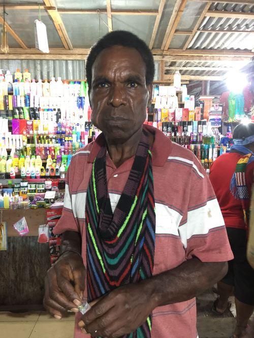 noken tas rajut khas papua