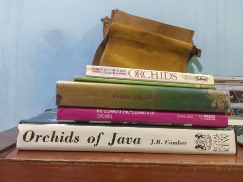 Buku-buku tentang anggrek